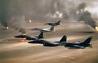 320px-USAF_F-16A_F-15C_F-15E_Desert_Storm_edit2.jpg