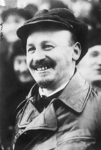 Nikolai_Bukharin_1929.jpg