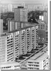 Bundesarchiv_Bild_183-1984-0601-008_Berlin_Marzahn_thumb.jpg